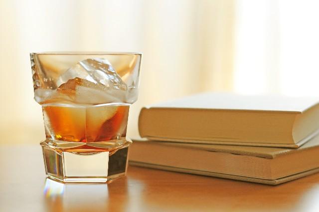 リンゴのウイスキー漬けで大人のアップルティー