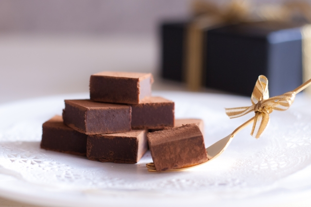 ウィスキーにぴったり!紅茶リキュールを使った生チョコの作り方